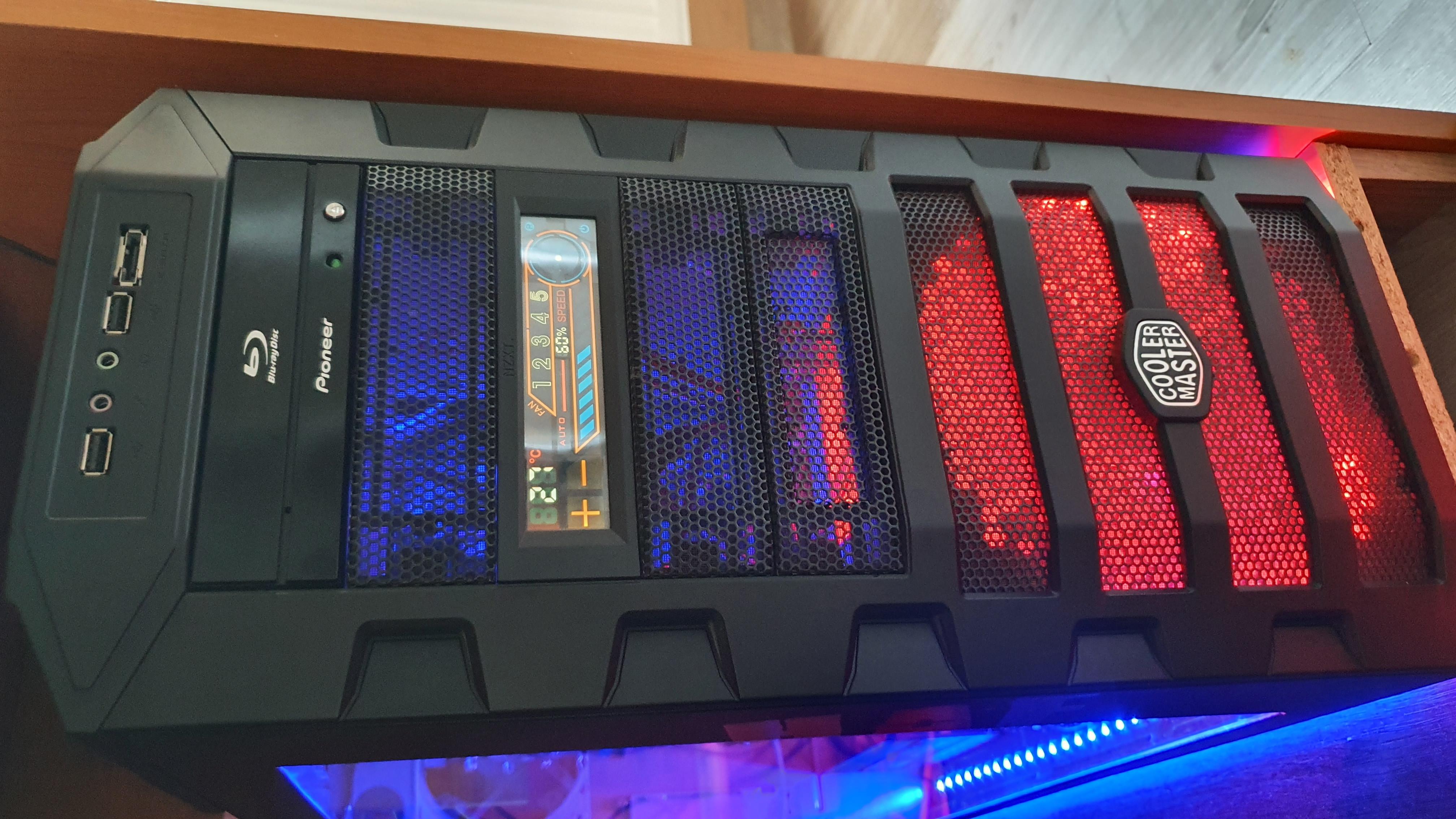"""Upgrade PC na hry do 2000€ + monitor 2K 32"""""""