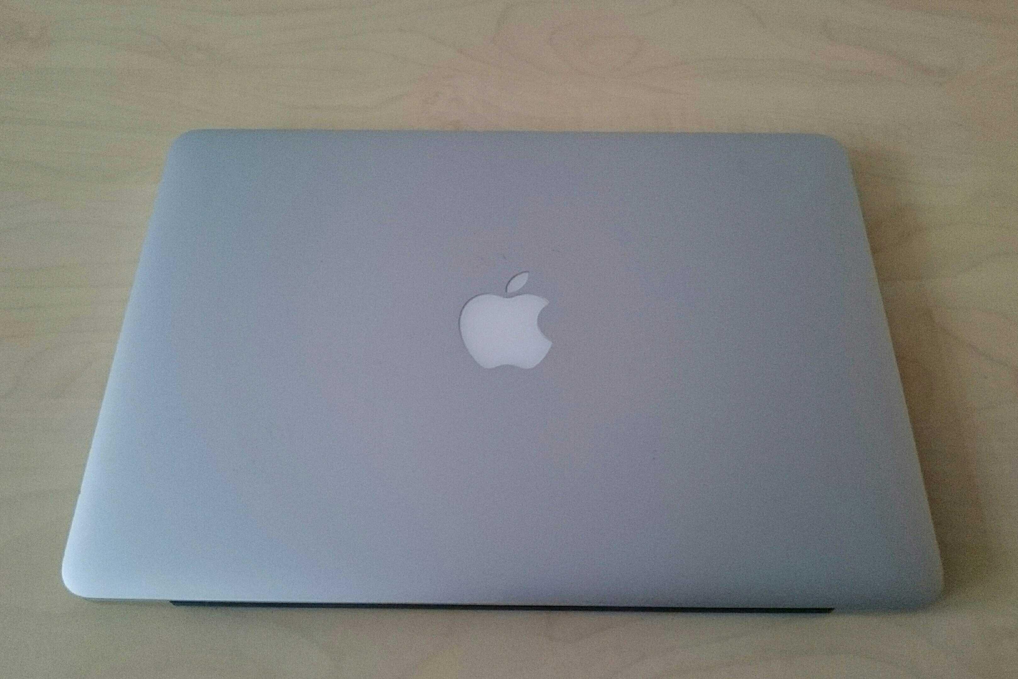 MacBook Pro (Retina, 13-inch, 2015)